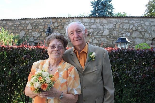 seniors-single-date